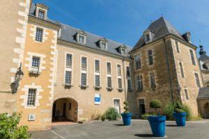 Hotel Dieu de Bauge
